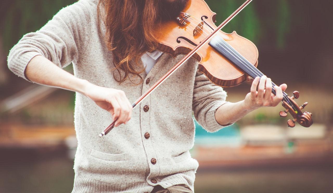 Comment faire pour devenir artiste musicien ?